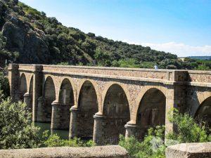 Puente de Quintos sobre el Río Esla