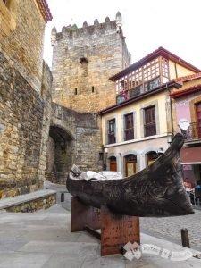 Torre y Palacio de Valdés - Salas