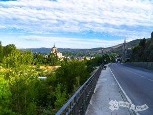 Llegando a Molinaseca
