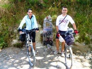 Antiguo mojón KM 100 hacia Santiago