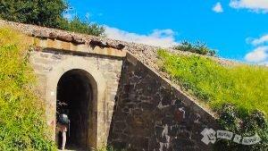 Túnel para salvar el ferrocarril
