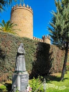 Talla de Santa Ángela de la Cruz