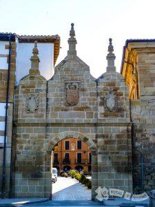 Puerta de Castilla (Los Arcos)