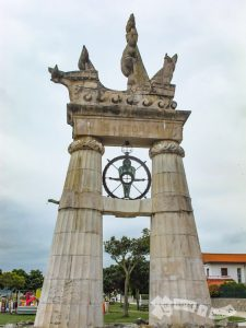 Monumento homenaje a Juan de la Cosa