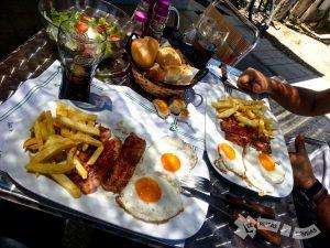 Almuerzo en Pedrosillo de los Aires