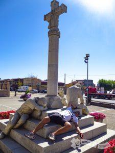 Monumento al Peregrino (Mansilla de las Mulas)