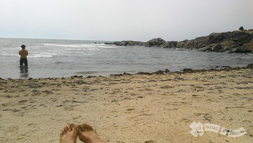 Un merecido baño en la playa de Quião