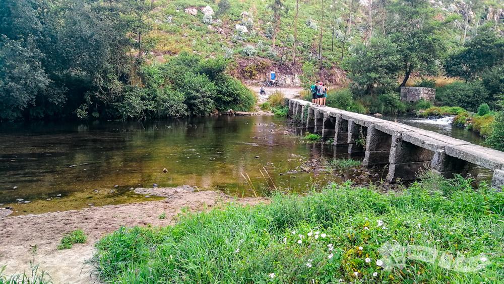 Paso sobre el Río Neiva