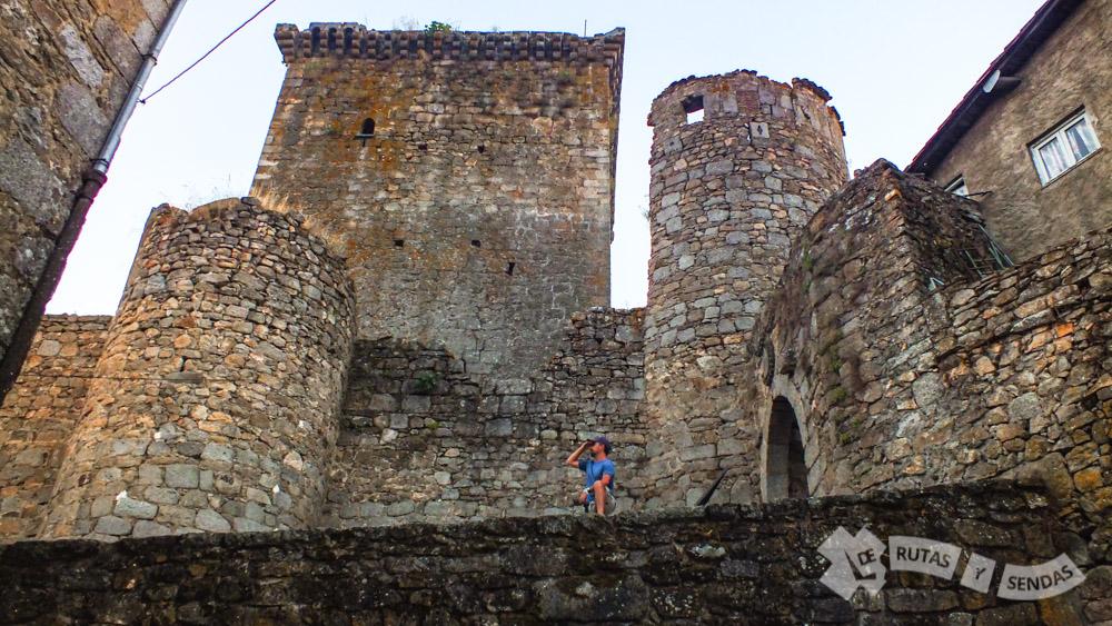 Castillo de los Zúñiga y Puerta San Ginés