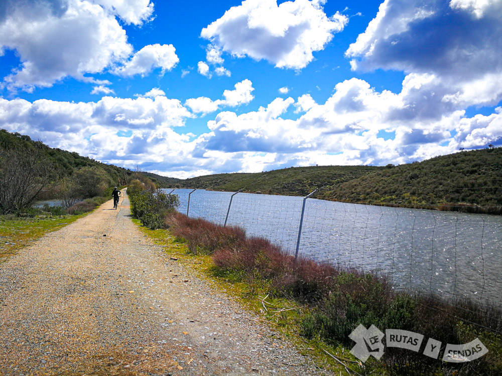 Embalse de San Vicente