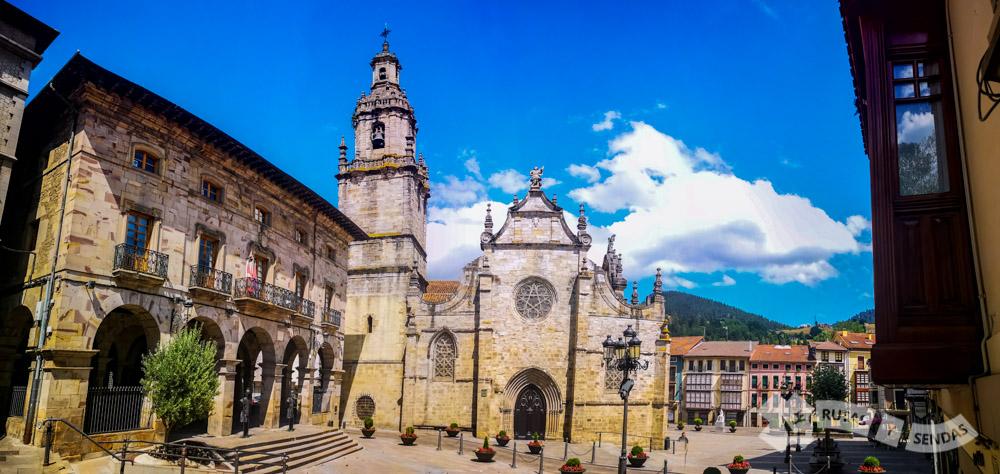 Ayuntamiento e Iglesia de San Severino