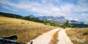 Por las estribaciones de la Sierras de la Peña y del Brezo