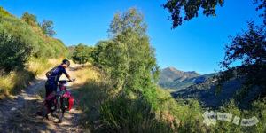 Ascenso por el Valle de Urdiales