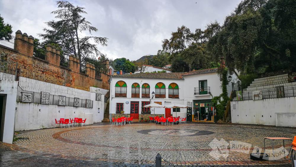 Plaza de Toros de Linares de la Sierra