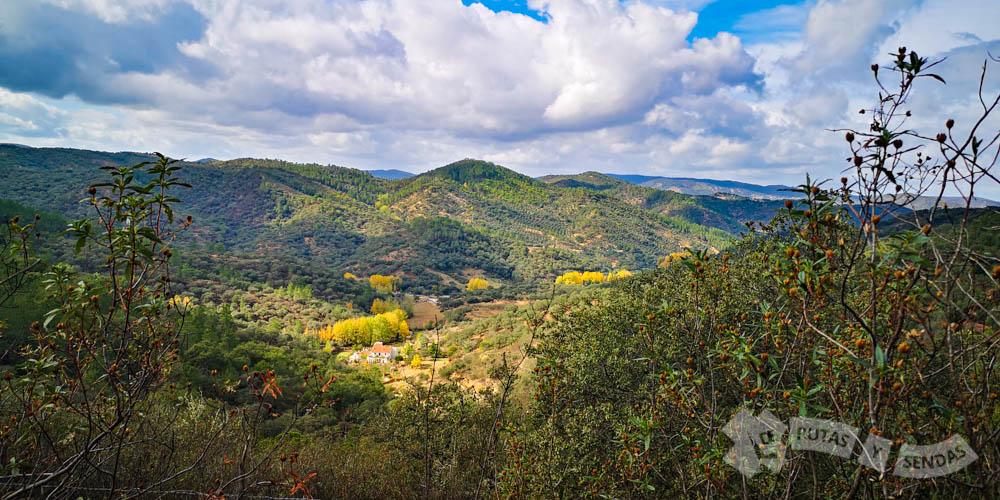Vistas al Valle del Río Múrtiga