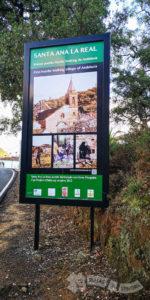 Panel de entrada a Santa Ana La Real