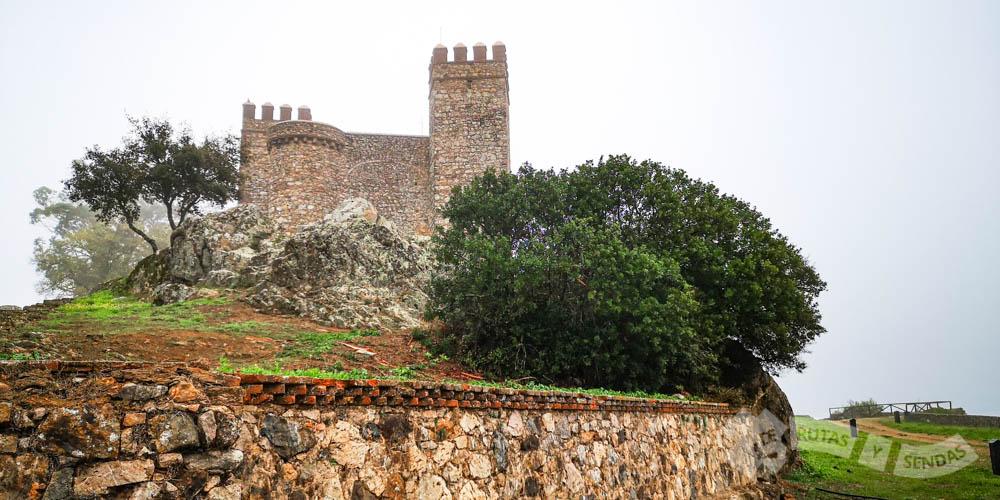 Ascenso al Castillo de Cortegana