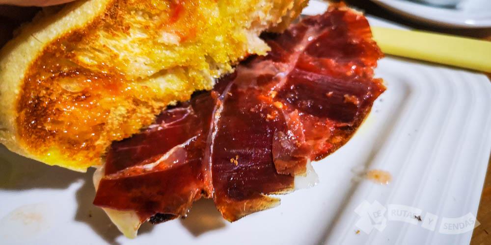 Desayuno en el Bar España