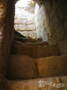 Antigua entrada del siglo XI-XIV