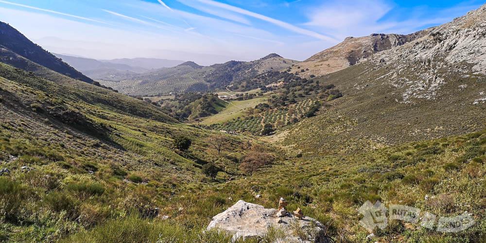 Ascenso por el valle de Cañatienda