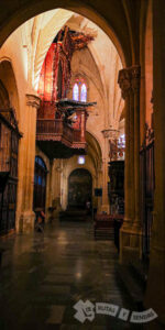 Órgano y galerías góticas