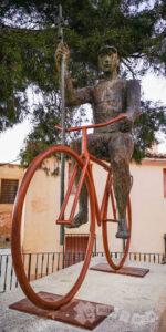 Homenaje al peregrino ciclista