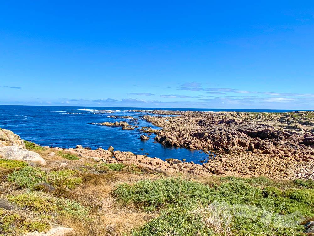 Punta do Boi desde la Ensenada de Lucín